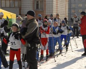 В лыжне принимают участие кольцовцы всех возрастов