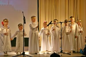 Воспитанники воскресной школы на Пасхальном концерте