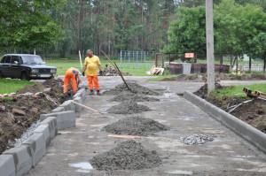 Ремонт дорог в Новоборске проводит фирма АрНи.