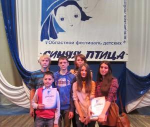 """Актеры театра """"Несерьезный возраст"""" и режиссер Лариса Ткаченко на фестивале."""
