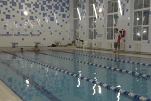 Плавательный этап спартакиады прошел в бассейне лицея-интерната № 21.