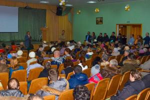 На вопросы собравшихся ответили Николай Красников и Алексей Оленников.