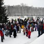 В Кольцово открылся снежный городок