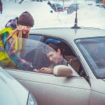 Кольцовских автолюбителей с 23 февраля поздравили школьники