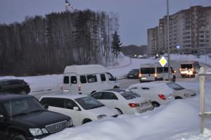 Многие жители Кольцово работают в городе.