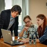 Кольцовских старшеклассников научили управлять роботами