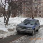 В Кольцово стали чаще штрафовать паркующихся на газонах и тротуарах