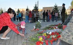 """В Кольцово """"Свеча памяти"""" впервые прошла в прошлом году."""