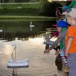 Акцию «Свечи памяти» в Кольцово провели на озере