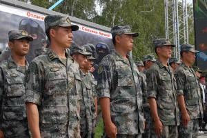 Команда из Китая на полигоне.