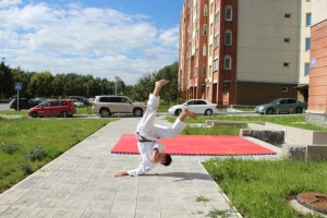 Тренировка в Кольцово под открытым небом.