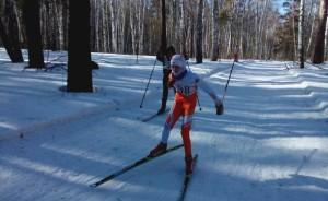 """На лыжне """"Кубка четырех районов"""" -- победительница Светлана Шумакова."""
