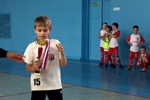 Капитан команды Егор Шитиков на вручении Кубка.