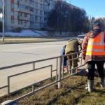 Ведется установка ограждений на перекрестке проспектов Никольский и Сандахчиева