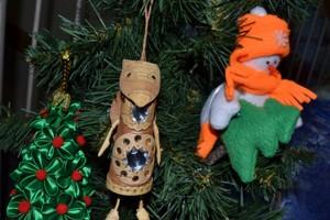 елка-игрушки