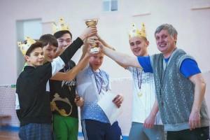 Кубок Кольцово по простынболу -- у команды «Дельфин».