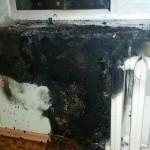 Свеча на подоконнике стала причиной пожара в Кольцово