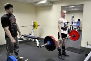 Егор Чуйков на тренировке в ФОЦ Кольцово с наставником Николаем Вишняковым.