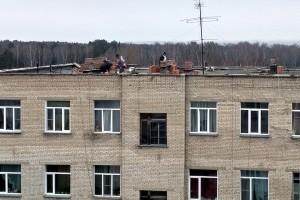Ремонт кровли жилого здания АБК-1.
