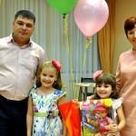 Папа Стас, мама Алена и дочь Таисия победили  в кольцовском конкурсе «Мой ребенок-2017»