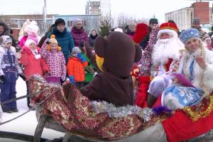 Дед Мороз на открытии резиденции в Кольцово. 2016 год.
