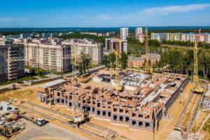 В Кольцово строится новая школа.