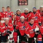 Хоккейная сборная Кольцово завоевала серебро в финале областных соревнований