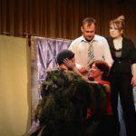 Театр «Между нами» дважды показал в Кольцово новую комедию